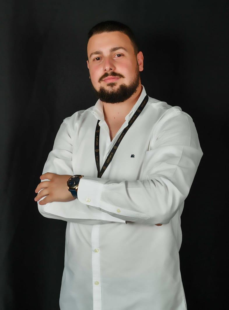 Xhulio Sadikllari